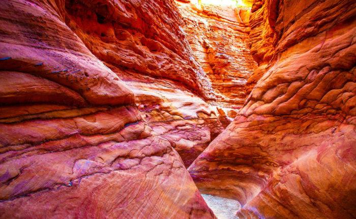 Kaniony (Biały Kanion+Kolorowy Kanion+Dahab)