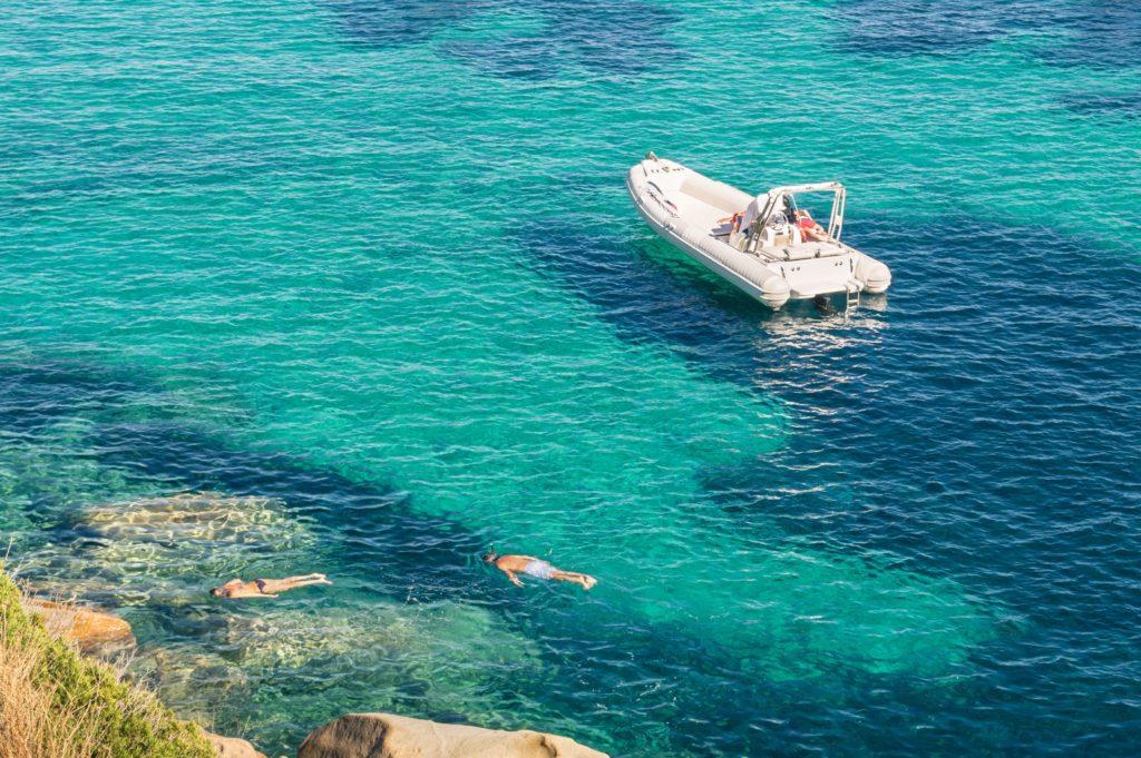Speed boat (prywatna łódź motorowa)